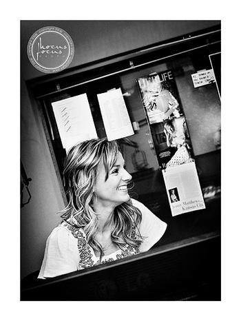 Jenny_studio_0029_bw